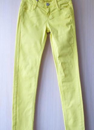 Летние желтые джинсы stradivarius, xs