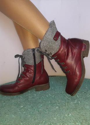 Женские ботинки rieker