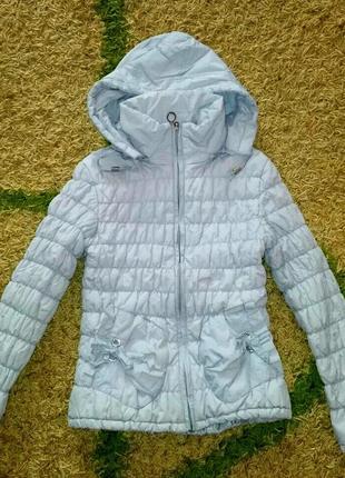Демисезонная куртка девочке 128-140