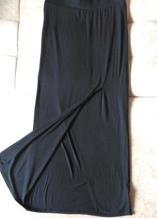 Стильная чёрная юбка макси cubus в пол с разрезом спереди, на ...