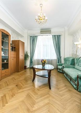 Аренда жилья у моря.  Квартира посуточно, Одесса, центр.