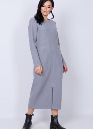 Платье женское длинное из плотного трикотажа прямого силуэта