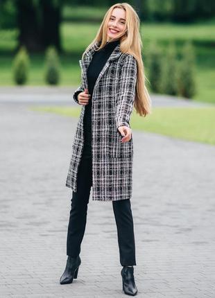 Осеннее пальто женское твидовое