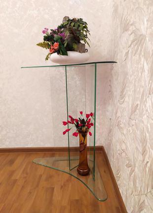 Столик стеклянный угловой