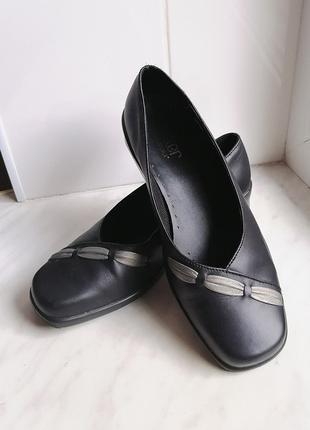 Актуальные туфли hotter с квадратным мысом 🤍