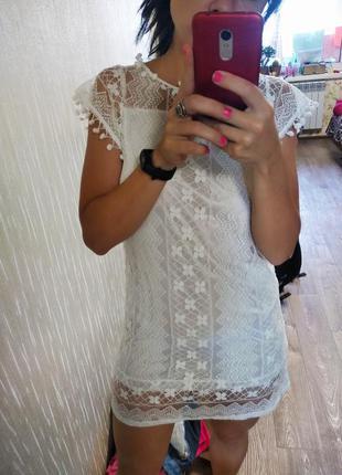 Кружевное белое летнее платье с кружевом