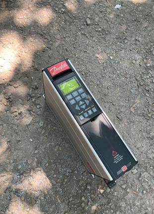 Частотный преобразователь, частотник 380В Danfoss 2.2KWt
