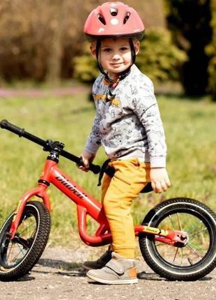 Беговел, детский велосипед (надув. колеса, лёгкая стал. рама)