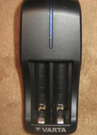 Зарядное для аккумуляторов Varta Mini-charger