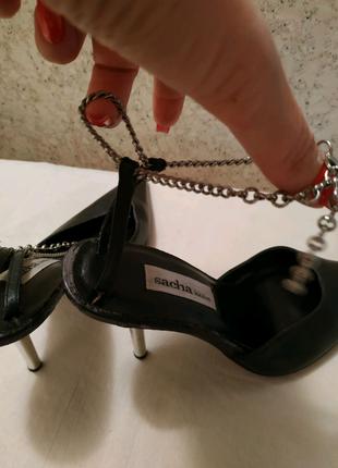 Кожаные женские туфли босоножки