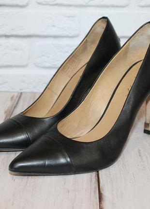 Кожаные туфли лодочки от tommy hilfiger 36 размер 100% натурал...