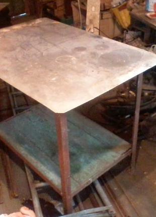 Продам  стол  из  нержавейки