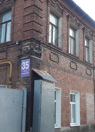 Двух комнатная квартира в кирпичном доме- 15 минут до метро ЮЖД
