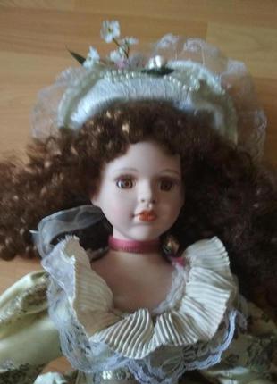 Распродажа! фарфоровая коллекционная кукла