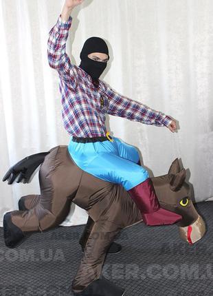 Надувной костюм Ковбой на лошади