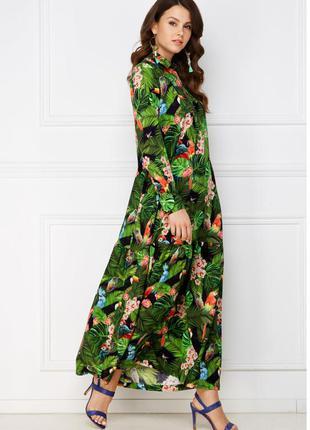 Платье с тропическим рисунком, цвет сочно-зеленый