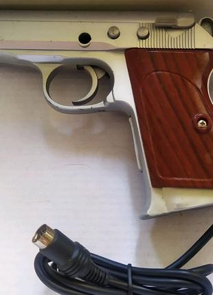 Пистолет для приставки консоли денди или др. Манипулятор игровой