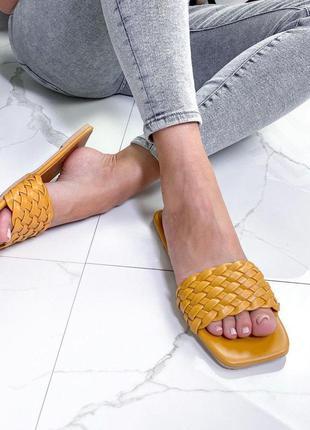 Шлепанцы женские желтые с плетеной подошвой
