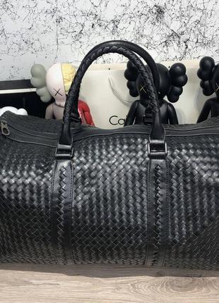 Дорожный чемодан сумка bottega veneta large duffel bag in nero...