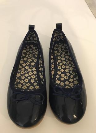 Лакированные туфли h&m 28размера