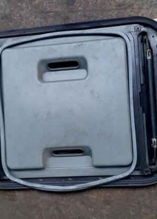 Люк в кабіну Mercedes Atego 815 817 1017 917