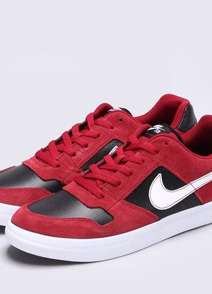 Nike sb delta force red