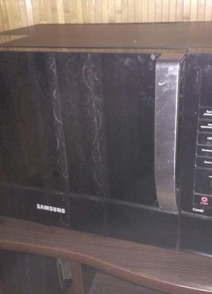 Микроволновая печь SAMSUNG CE107MTR