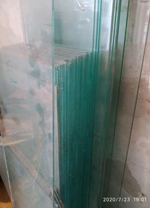 Скло, полкі, стекло