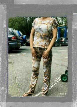 Женский костюм
