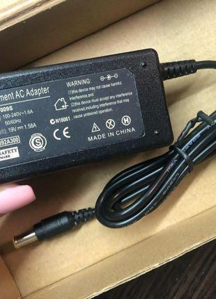 Блок питания для ноутбука AC Adapter