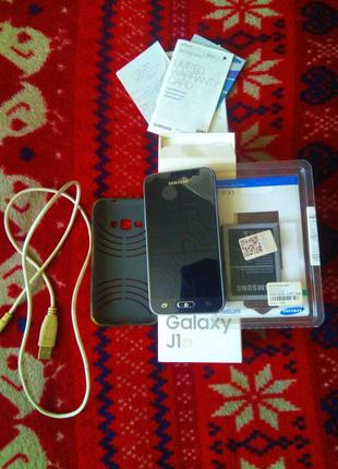 Продам смартфон Samsung Galaxy J1.
