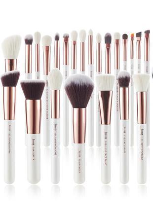 Кисти для макияжа. Полный набор из 25 штук Jessup beauty.