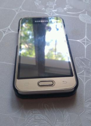 Телефон Samsung galaxy j1 mini
