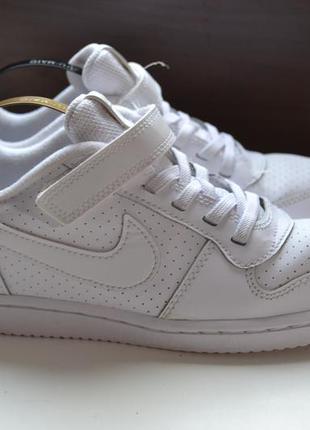 Nike borough court force low 35р кроссовки кожаные. оригинал 2018