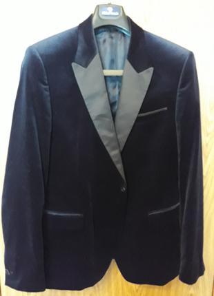 Мужской велюровый пиджак