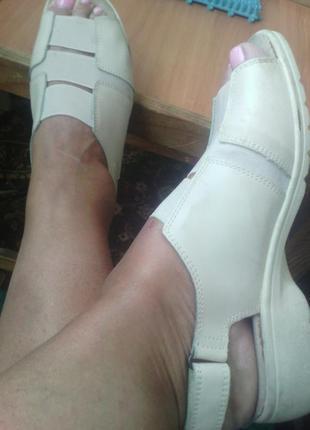 Бежевые кожаные босоножки мягкий комфорт размер евро 5 укр 38,...