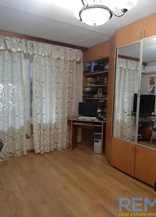 Двухкомнатная  квартира на станции Усатово с палисадником