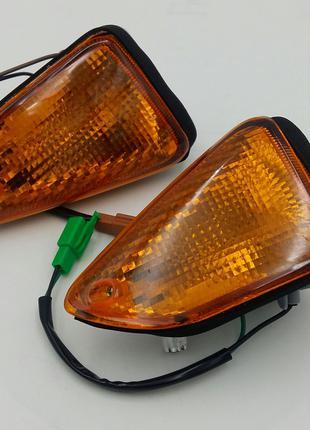 Повороты в обтекатель стекло оптика Yamaha YBR-125