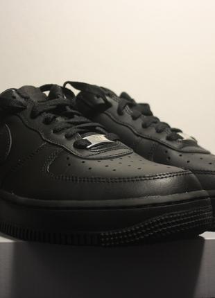 Новые кроссовки Nike Air Force 1 '07