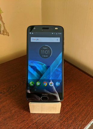 Motorola Moto Z2 Force на 64 гіга