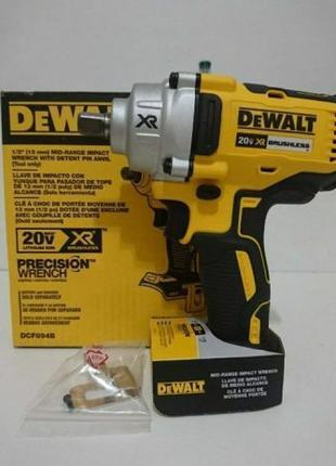 Аккумуляторный ударный гайковерт Dewalt DCF894