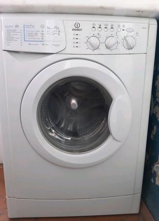 Стиральная машина,стиралка, indesit