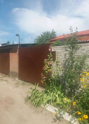 Продам добротные 2/3 дома 62кв. с удобствами от м.Киевская 5 мин.