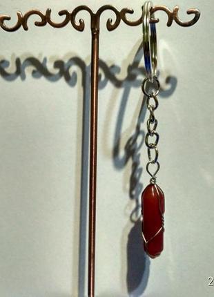 Стильный брелок в оплётке-оберег из камня-кристалл(яшма красная)