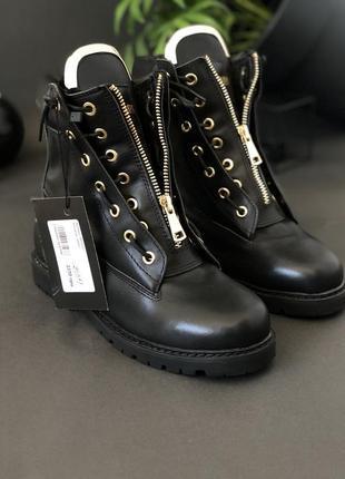 Низкие женские ботинки из натуральной кожи