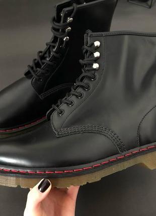 Мужские высокие кожаные ботинки - черные