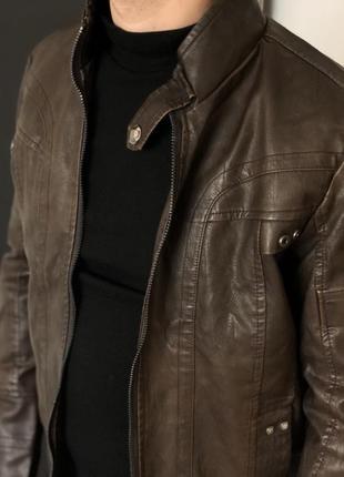 Мужская кожаная куртка с бархатной подкладкой