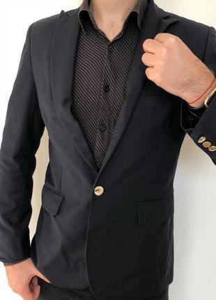 Мужской приталенный темно синий пиджак