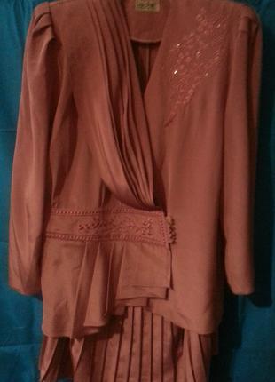 Женский костюм двойка - жакет, юбка, малиновый, шелк