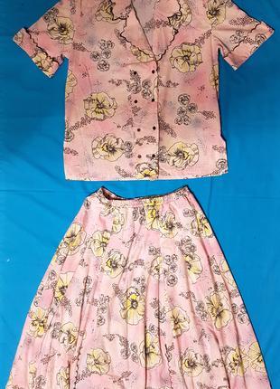 Женский костюм двойка - жакет, юбка, розовый коттон с узором